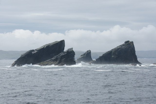 Outer Skerry and Scordar, Ramna Stacks