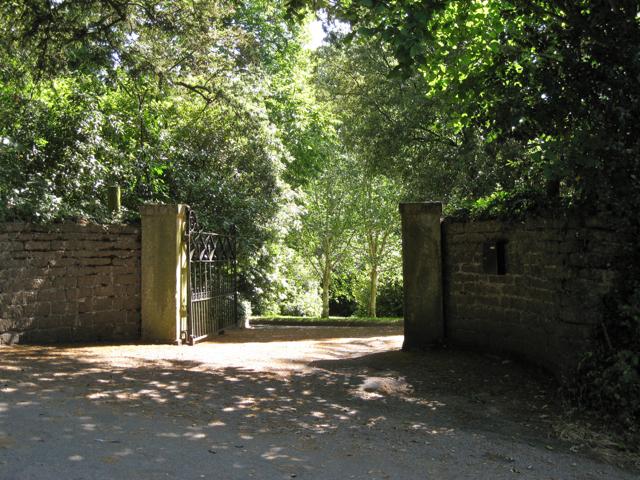 Gates to Gurrington House