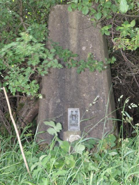 Tetford Cross roads trig pillar