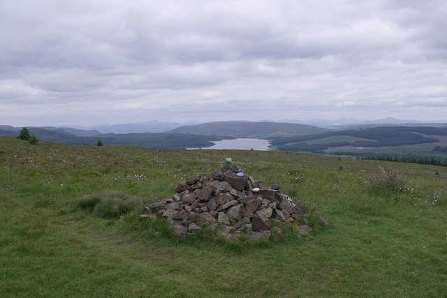 The cairn on Tamtain