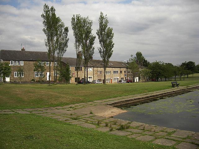 Cronkeyshaw Common and Syke Pond