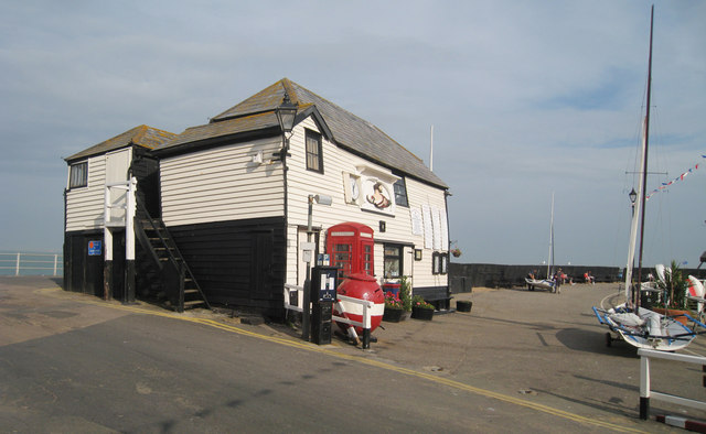 Old Coast Guard Station, Harbour Street