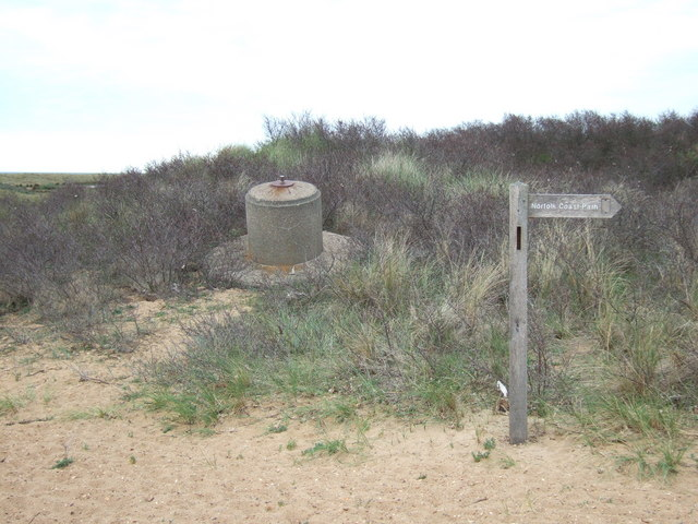 Remains of a spigot mortar emplacement, Holme Next The Sea