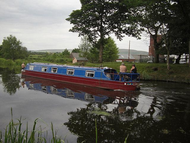 Rochdale Canal, Belfield