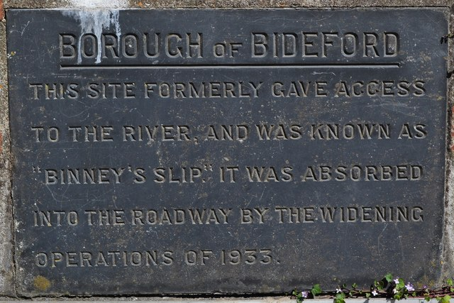 A plaque by the side of Binney's Slip on New Road