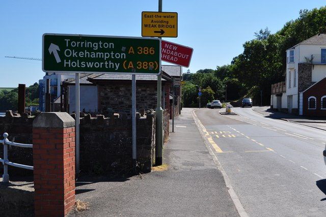 The junction of New Road with Torridge Hill
