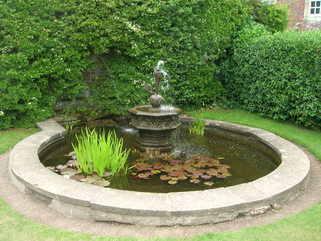 Small ornamental pond, Burton Agnes Hall