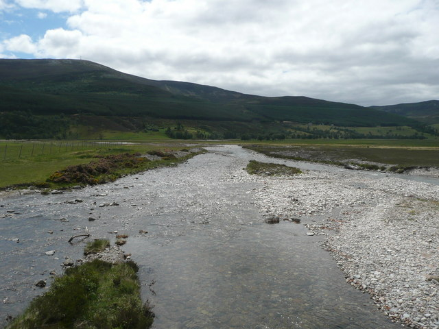 Quoich Water heading for the River Dee
