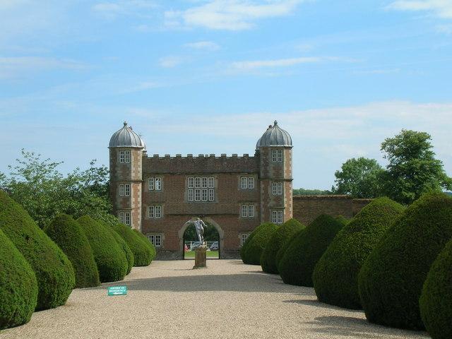 Gatehouse, Burton Agnes Hall