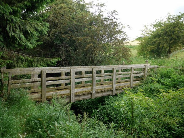 Footbridge over Pallin's Burn, south of Crookham