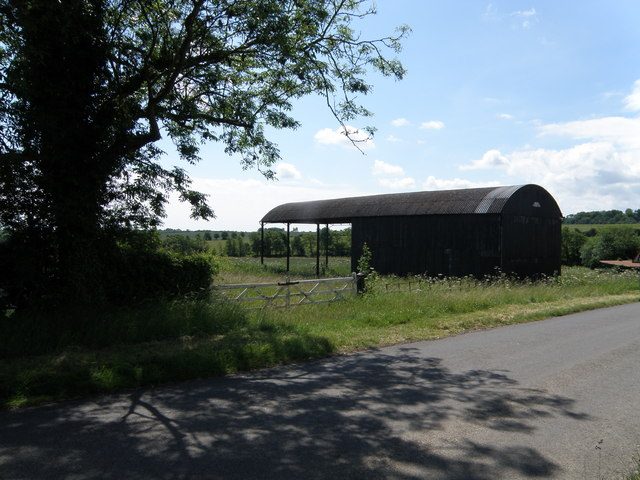 Dutch barn at Mill Farm