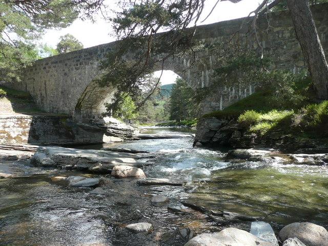 Bridge over Lui Water