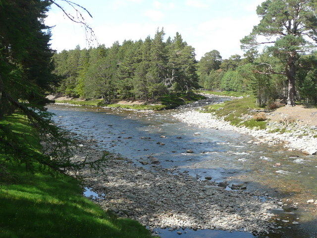 Confluence of Lui Water and River Dee