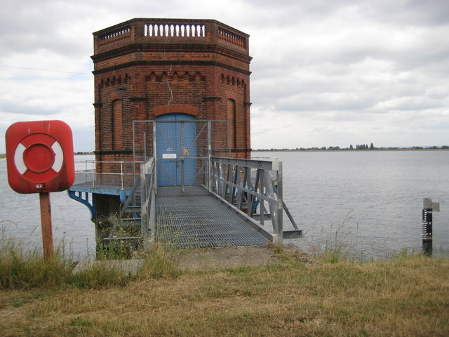 Staines Reservoirs tower