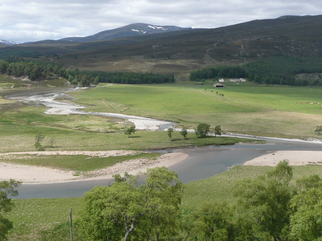 Confluence of Quoich Water and River Dee