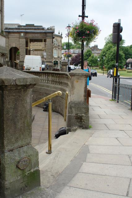 Cut Bench Mark, Royal Baths