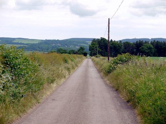 Minor road east of Blinkbonny