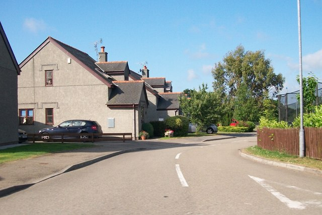 Bungalows in a cul-de-sac off the A497 at Efailnewydd