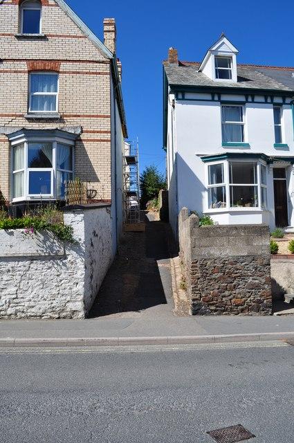 Modell Terrace leading away from Meddon Street