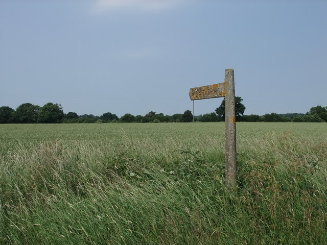 Footpath sign next to Pebmarsh Road