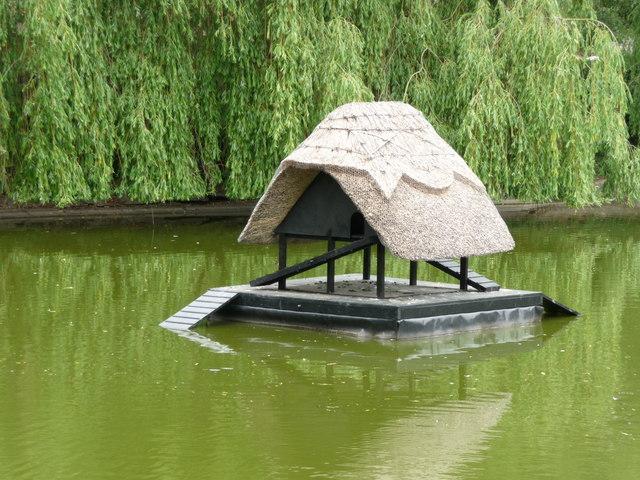 Crawley - Village Pond