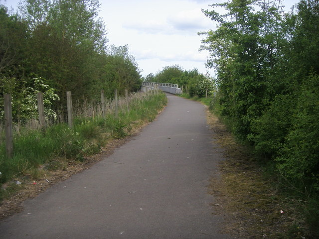 Footpath over the A422