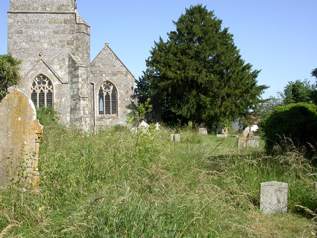 Sixpenny Handley, churchyard