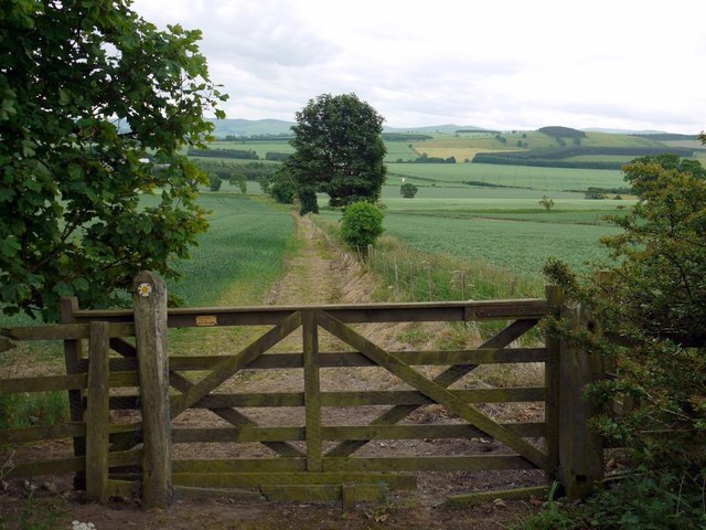 Footpath on south side of Flodden Hill