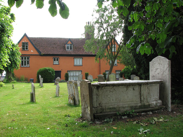 Cottage adjoining St Michael's churchyard, Framlingham