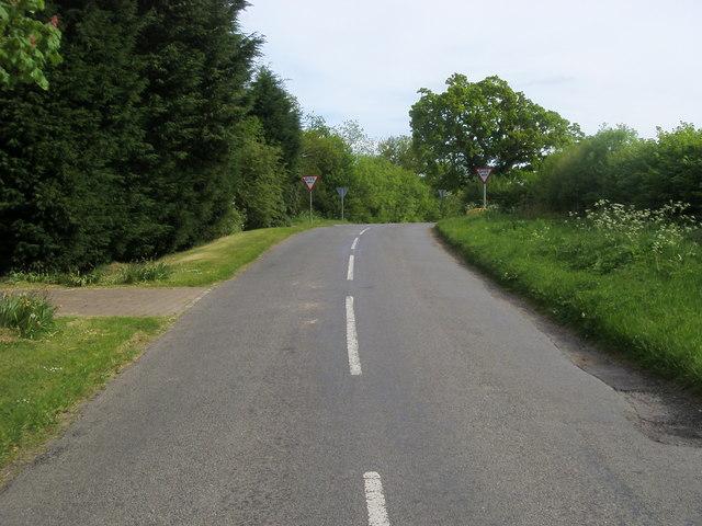 Nearing Dancer's Grave crossroads
