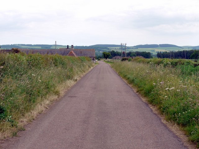 Minor road west of Blinkbonny