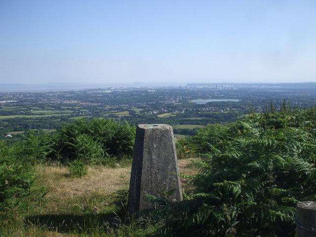 Trig point on the ridge of Graig Llysfaen