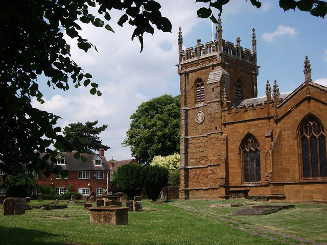 St.Peter's Church and adjacent cottages, Kineton