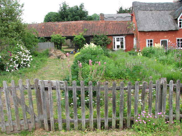 A cottage garden in Church Lane, Ufford