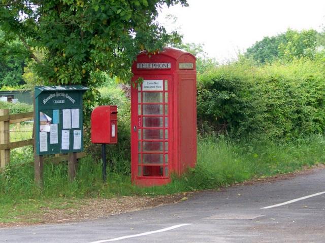 Telephone box, Chalbury Common