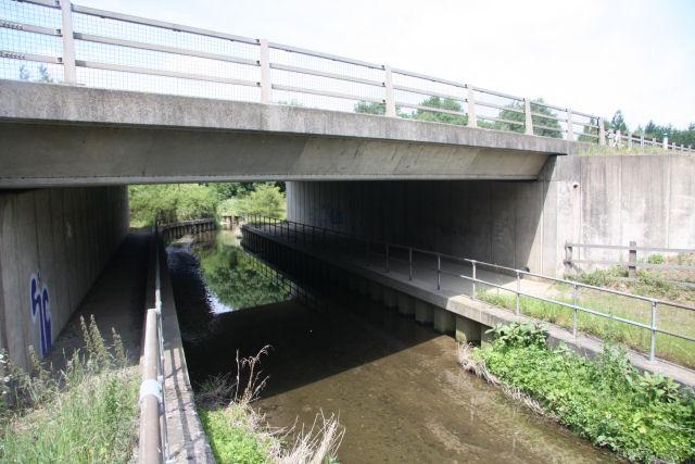 River Kennett under the A11