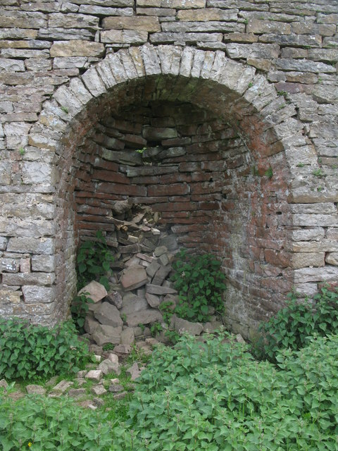 Right hand arch of the lime kiln below Dykerow Fell