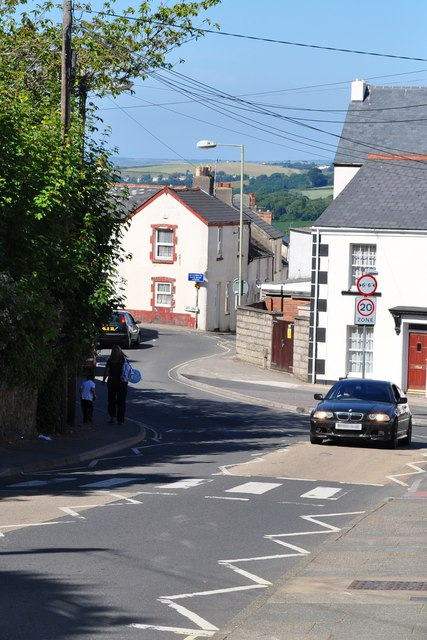 Old Town approaching the High Street (1st right), Coldharbour (2nd right) and Pitt Lane (Ahead)