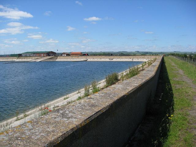 Covenham reservoir, sailing club and footpath