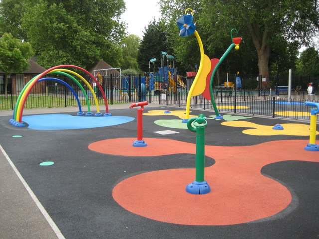 Staines: Lammas Recreation Ground sprayground