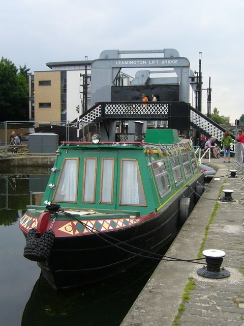 Canal boat, Union Canal at Viewforth