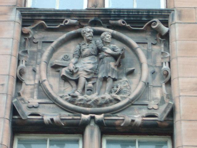 Old Darroch School master and apprentice sculpture