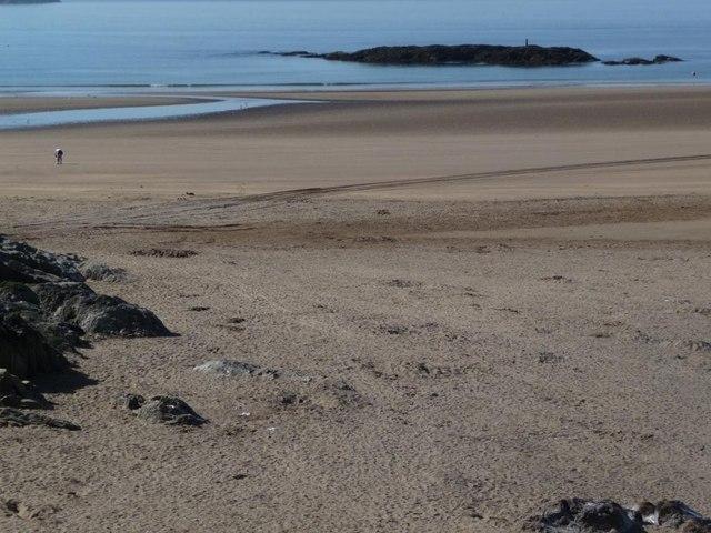 Empty beach, 9 a.m.