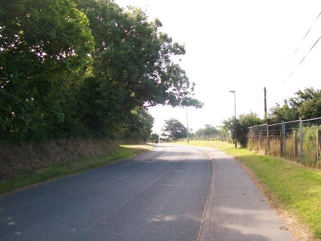 View southwards along Lon Rhos