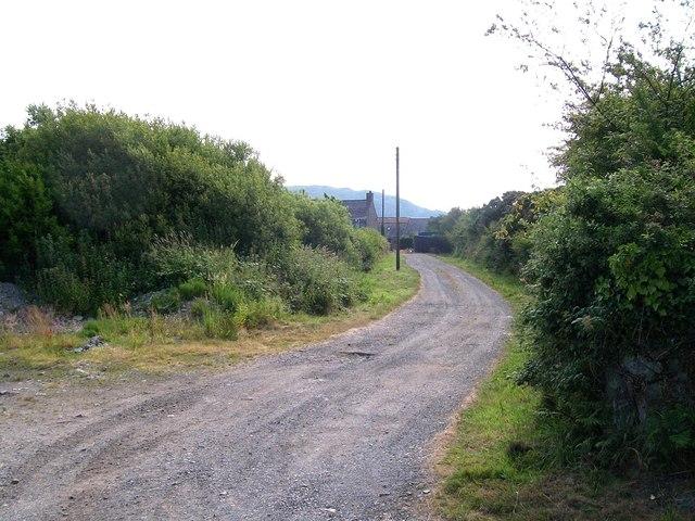 Access lane to Cefn Edern Farm