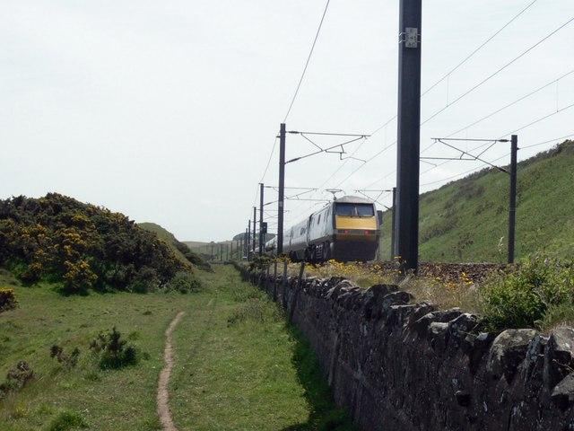 The Main East Coast Railwayline at Catcairn