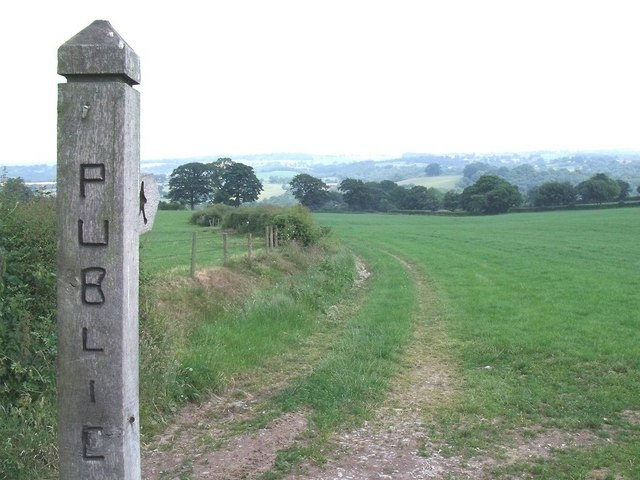 Footpath to Consallforge