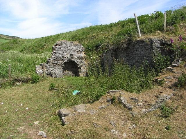 Ruins of a building by Gara Beach