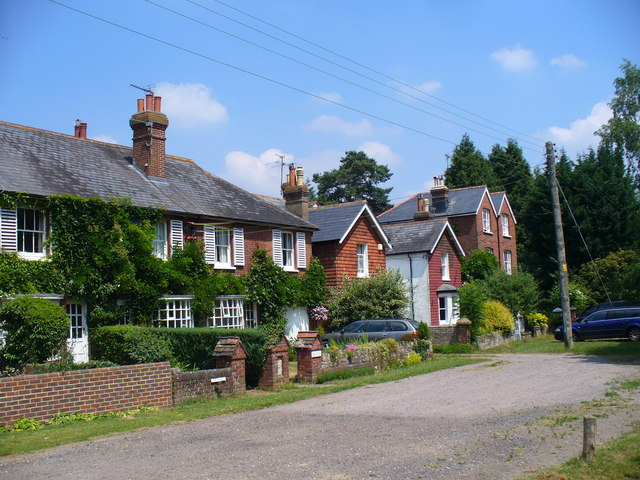 King George's Cottages, Dunsfold Green