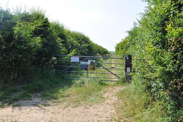 Farm Track to warham Fort